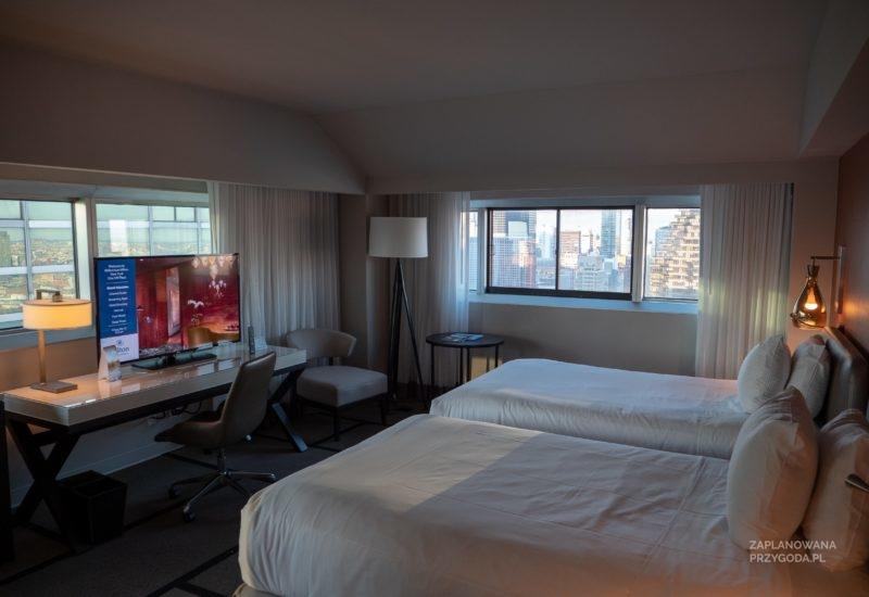 Hilton UN Plaza – Corner Room